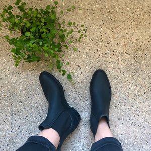 Jeffrey Campbell Matte Black Chelsea Rainboots